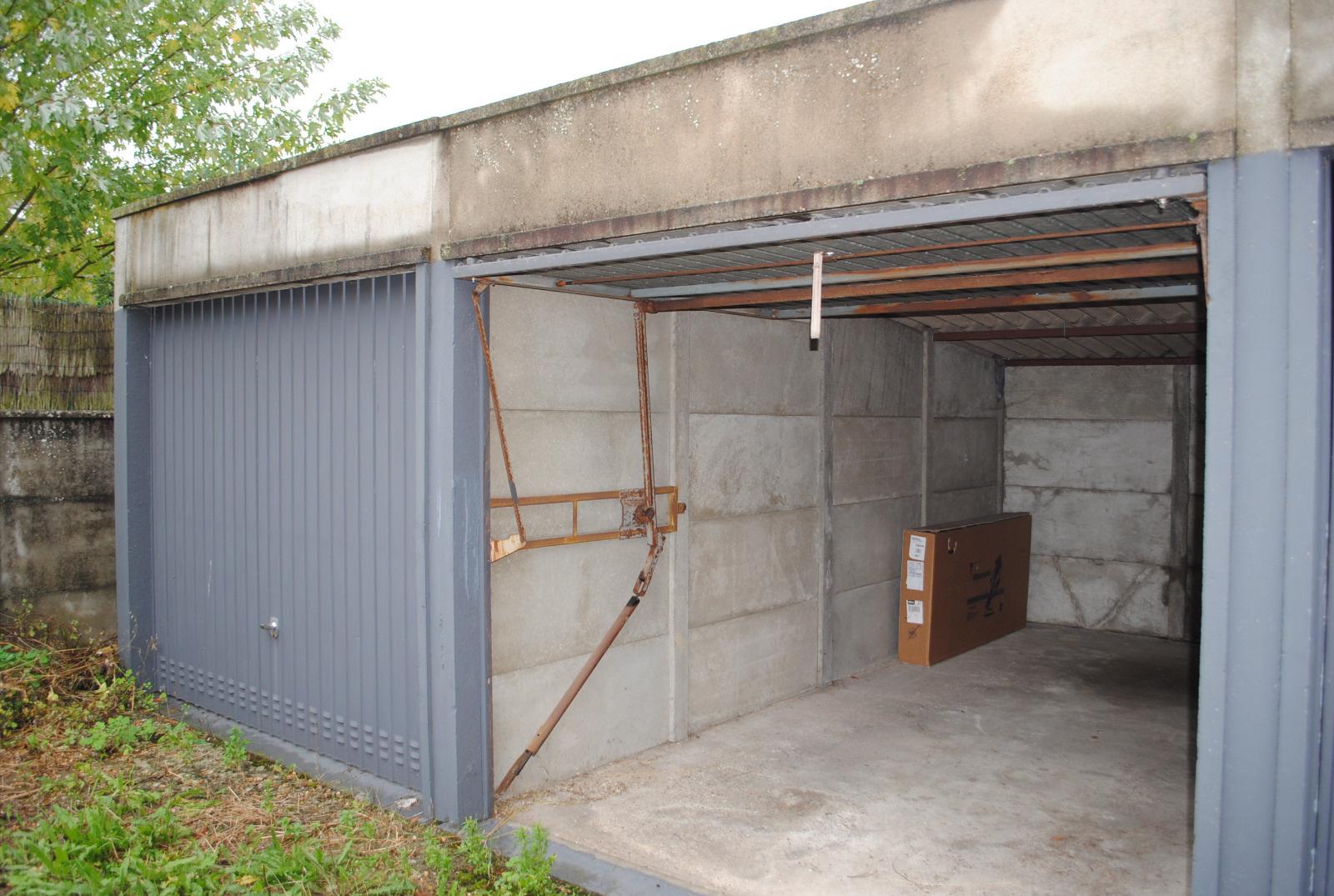 Offres de location Garage Pacy-sur-Eure 27120